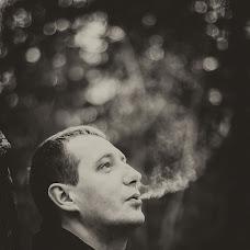 Wedding photographer Vitaliy Slesarenko (VutaLuk). Photo of 11.05.2014