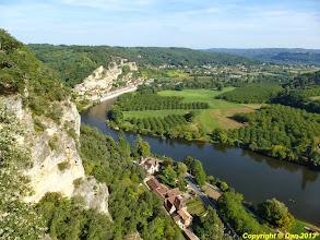 Photo: La roque Gageac vue du belvédère des Jardins de Marqueyssac