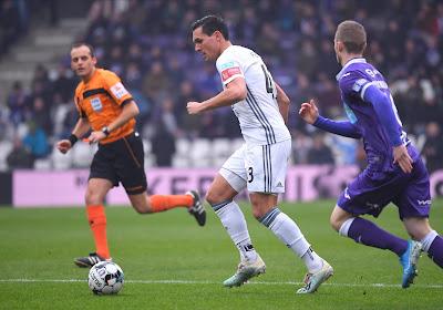"""Thomas Henry over Perbet: """"FC Luik heeft een geweldige transfer gedaan"""""""
