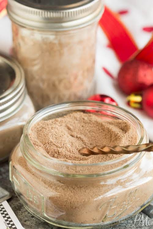 """Click Here for Recipe: Chocolate Gravy Mix Gift """"Sometimes my best intentions..."""