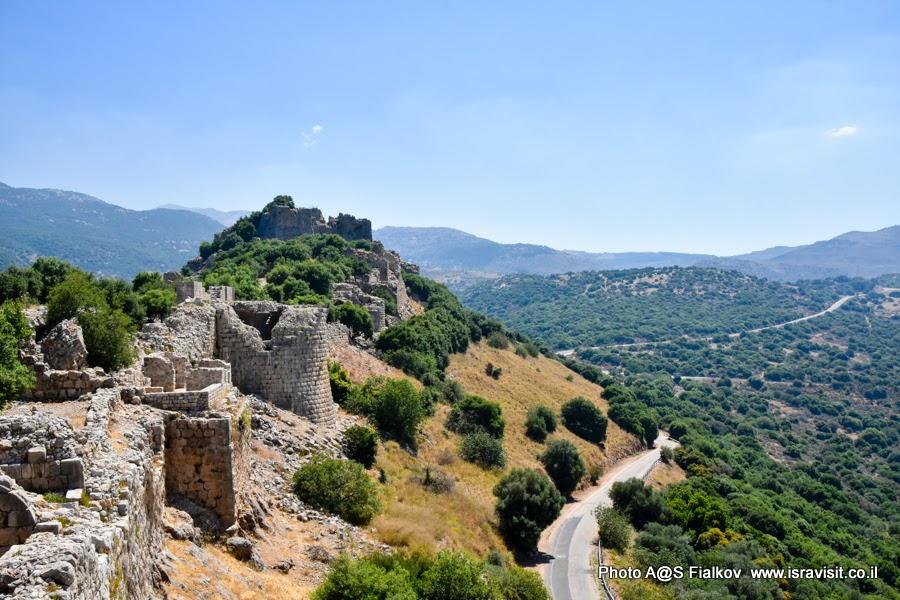 Крепость Нимрод в Верхней Галилеи. Путешествия и экскурсии в Израиле.