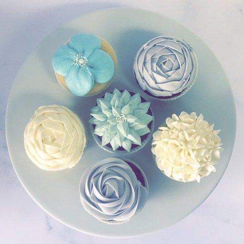 Image result for razzle dazzle cupcakes