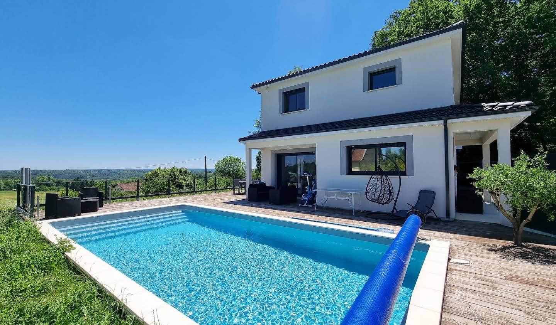 Maison avec piscine et terrasse Trélissac