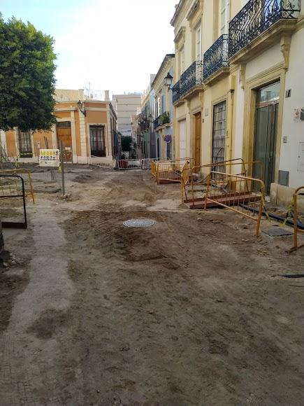 Plaza Careaga en obras justo a la altura de la calle Campomanes