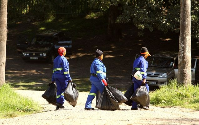 Municipal workers clean up in East London. Picture: DAILY DISPATCH