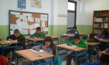 Photo: Realización de la Primera Tarea (Alumnado de 6º)
