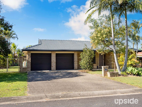 Photo of property at 9 Rosswood Court, Helensvale 4212