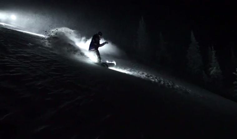 night-time-snowboarding.jpg