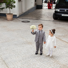 Wedding photographer Valentina Vaganova (VaganovaV). Photo of 15.04.2014