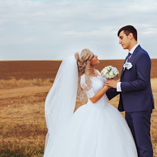 Wedding photographer Olga Smolyaninova (colnce22). Photo of 28.11.2017