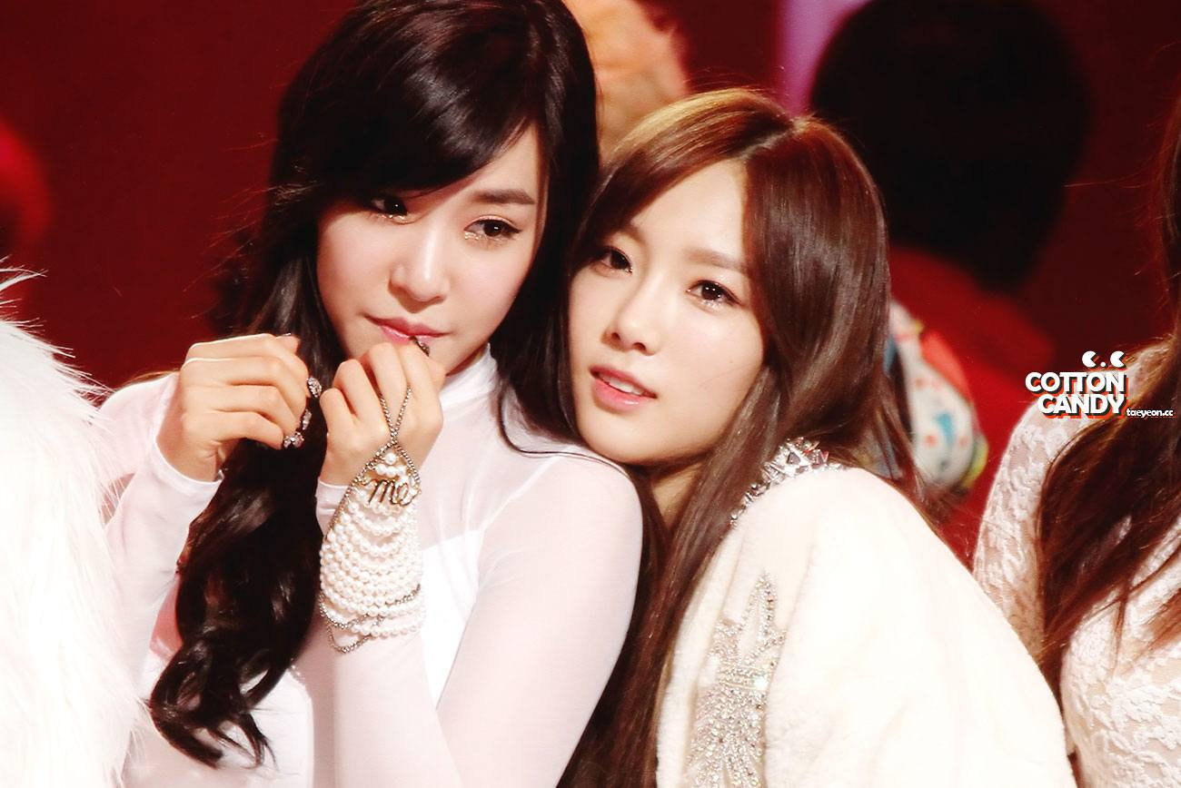 Taeyeon and tiffany dating each other