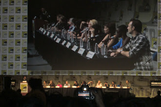 Photo: Friday - The Walking Dead panel