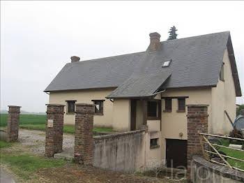 Maison 6 pièces 5831 m2