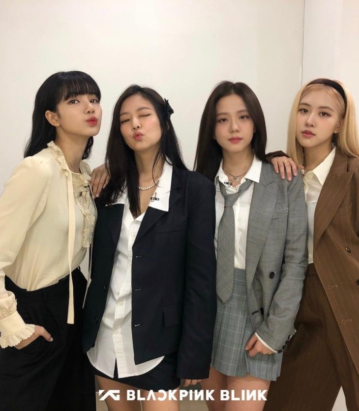 24-365-with-BLACKPINK-Reality-Show