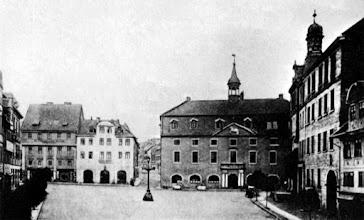Photo: 1891 - Altes Rathaus Helmstedt am Markt, ist später durch Brand verwüstet. Und zwischen 1904 – 1906 neu gebaut.