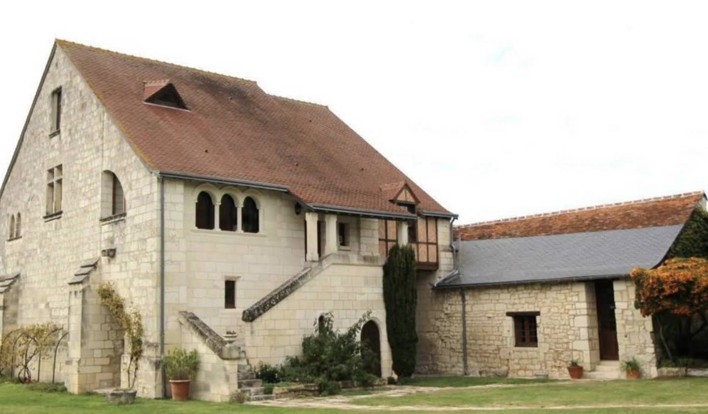 Property with garden Chinon