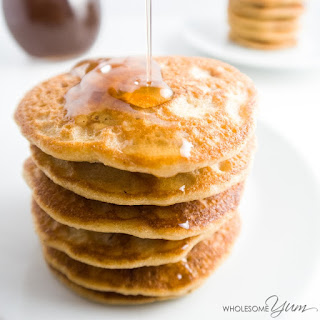 Maple Bacon Almond Flour Pancakes (Paleo, Low Carb)
