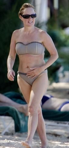 Sally Dynevor Wears Grey Bikini At The Caribbean Island