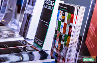 """Photo: 59. Jahrestagung der DGPuK über """"Digitale Öffentlichkeit(en)"""" an der Universität Passau  Verlagsausstellung (hier: Herbert von Halem)   Foto: Janertainment Janine Amberger"""