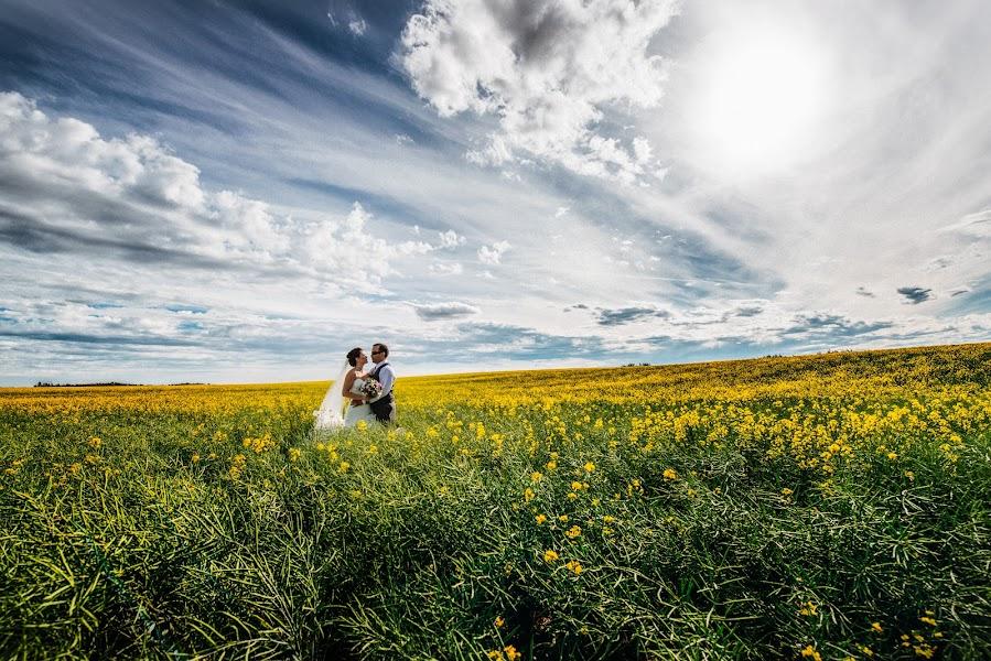 Wedding photographer Marcin Karpowicz (bdfkphotography). Photo of 08.12.2015