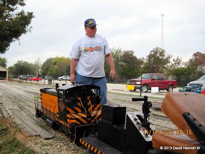 Photo: Rich Businger getting his loco out.    2013-1116 DH3