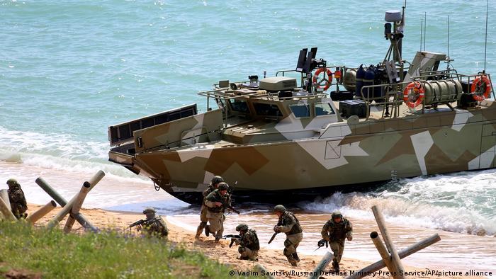 Российские военные учения в Крыму, 22 апреля 2021 года