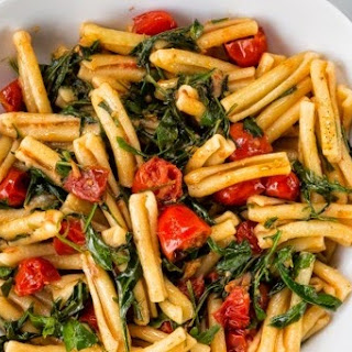 Pasta with Wild Arugula & Tomatoes