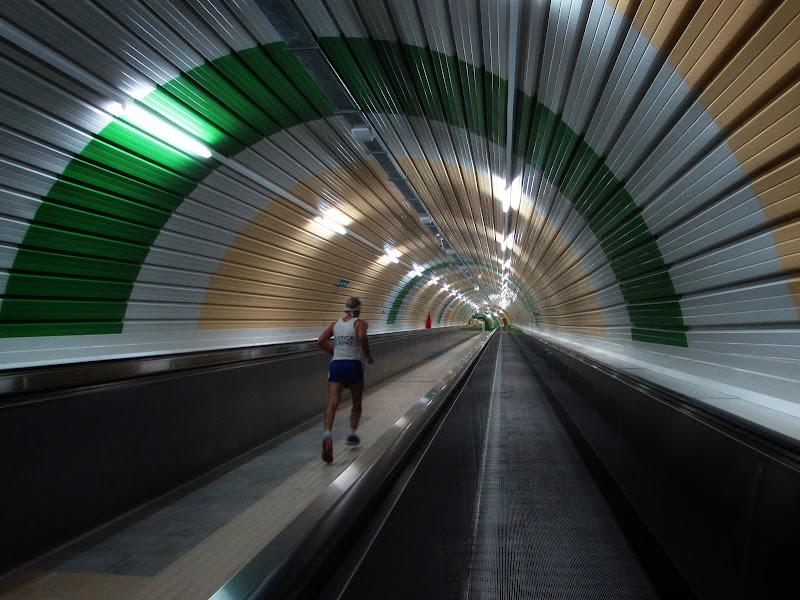 Running underground  di Giorgio Lucca