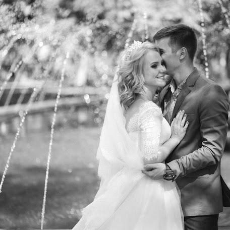 Wedding photographer Elena Molodzyanovskaya (molodaya). Photo of 13.01.2018