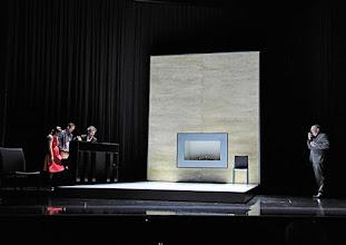 """Photo: WIEN/ Theater in der Josefstadt: """"VOR SONNENUNTERGANG"""" von Gerhard Hauptmann. Premiere 3.9.2015. Maryna Sencel, Alexander Absenger, Christian Nickel, Siegfried Walther. Copyright: Barbara Zeininger"""
