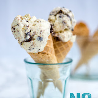Super Easy Two Ingredient No-Churn Ice Cream