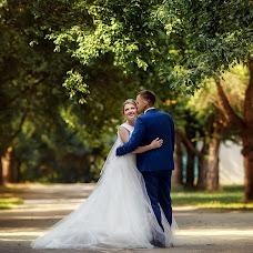 Bryllupsfotograf Lyubov Pyatovskaya (Lubania89). Bilde av 10.07.2016