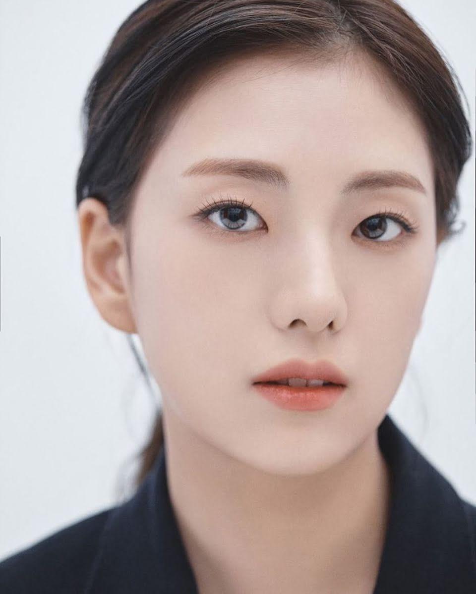 jisoo sister Agency Peace