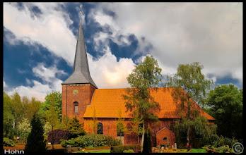 Photo: Die Marienkirche zu Hohn wurde im 17. Jahrhundert errichtet. Atlas der Dorfkirchen in Norddeutschland: http://goo.gl/8Ucf53
