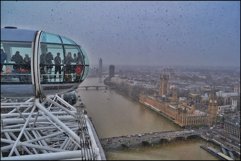 London eye with rain di gianfi51