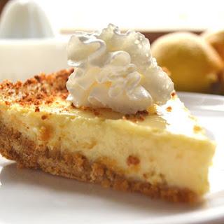 Sweet, Tart & Creamy Lemon Pie