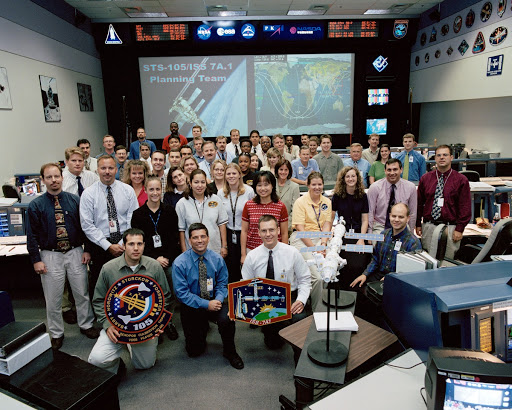 ISS 7A.1 Flight Control Team Photo in BFCR