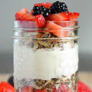 Raw Vegan Breakfast Parfaits.