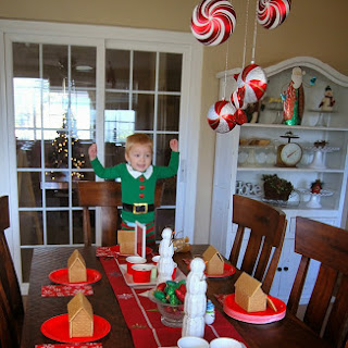 Host Your Best Ever Graham Cracker House Decorating Party!