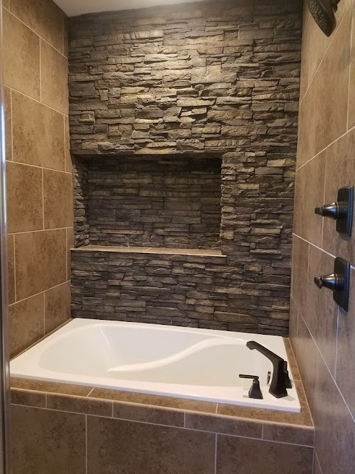 Eldorado Black River Stacked Stone Accent Wall
