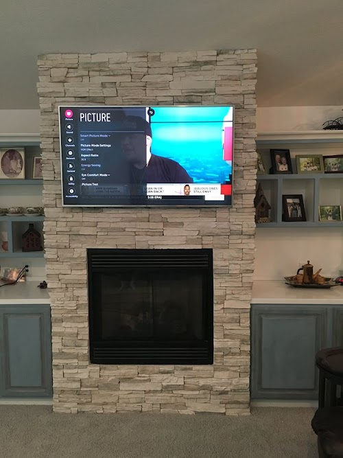 Eldorado Daybreak Stacked Stone Fireplace 002