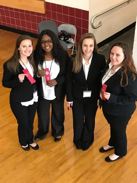 HOSA students display their awards