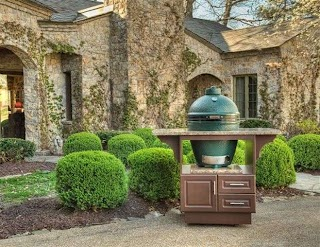 Select Outdoor Kitchens Big Green Egg Cabinet From Custom
