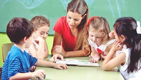 Các mức phí và quyền lợi tương đương khi mua sản phẩm bảo hiểm an tâm giáo viên