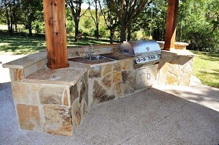 Flagstone Outdoor Kitchen Custom with Facing Flickr