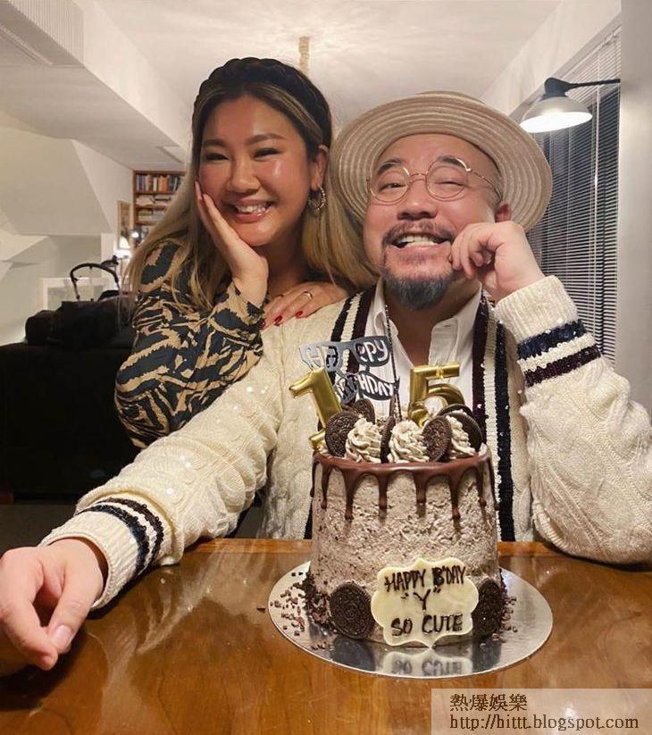 欣宜為恩師Wyman慶祝「15」歲生日。
