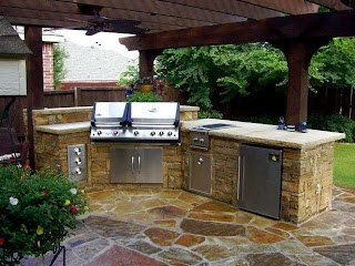 Flagstone Outdoor Kitchen 33 Amazing S Living Diy