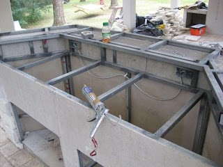 Building Outdoor Kitchen with Metal Studs for Bar Build