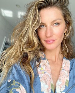 Gisele Bundchen 25th Photo