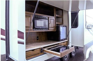Fifth Wheel Campers with Outdoor Kitchen 10 Amazing Rvs Entertaining S